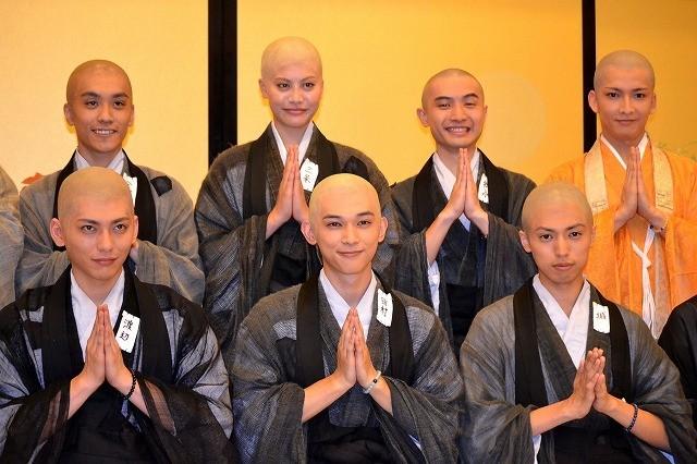吉沢亮ら「ぶっせん」から生まれたユニット「極楽ボーイズ」、紅白を視野に?