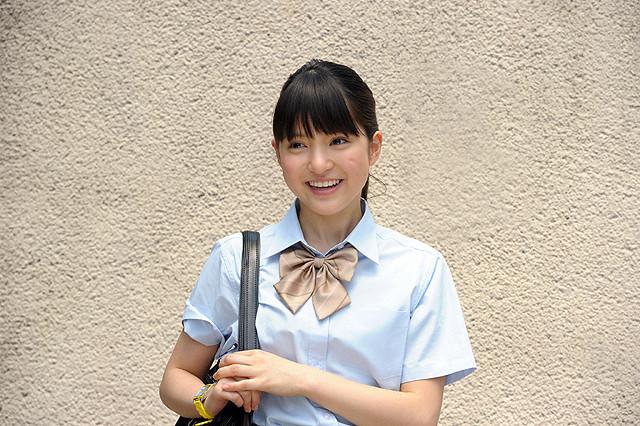 川島海荷、イケメン2人に好かれて胸キュン 歌舞伎ドラマ「ぴんとこな」