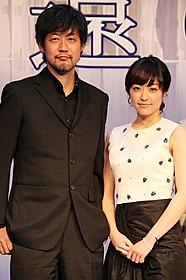 会見に出席した山崎貴監督と井上真央「永遠の0」