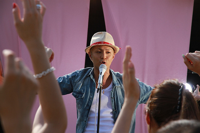 美奈子、プリプリの名曲カバー版でMV初出演 劇中で妊娠も