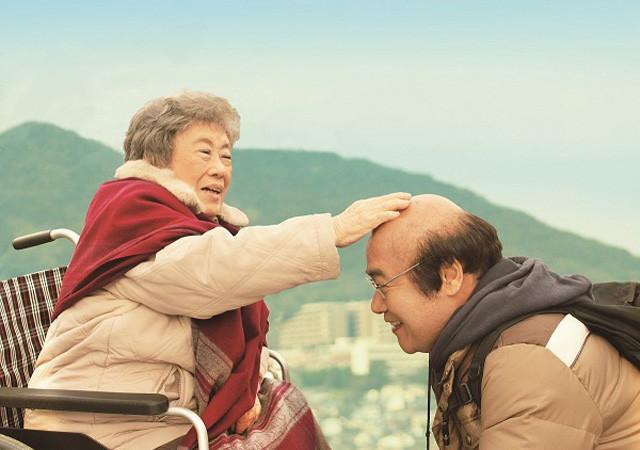 森崎東監督、待望の新作「ペコロスの母に会いに行く」予告編を独占入手