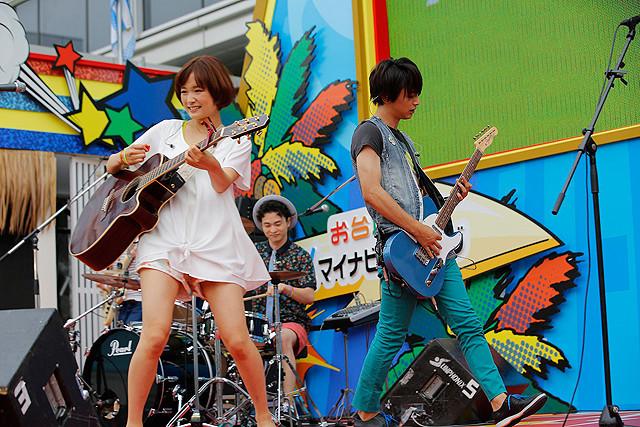 「カノ嘘」劇中バンドの「MUSH&Co.」がお台場でお披露目ライブ