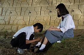 須賀健太と刈谷友衣子が主演する「スイートプールサイド」「スイートプールサイド」