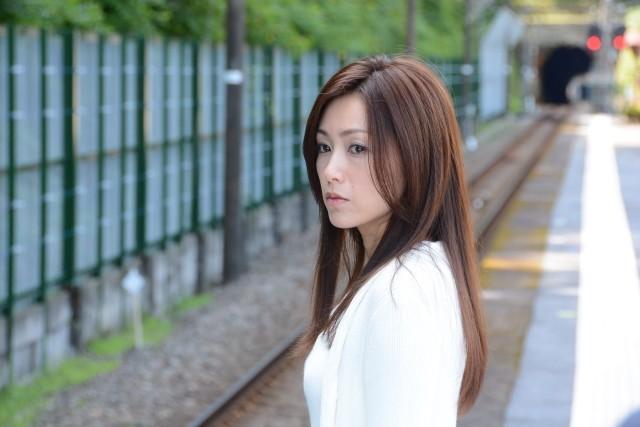 酒井法子、単独初主演作「空蝉の森」で6年ぶり銀幕復帰!海外も視野に