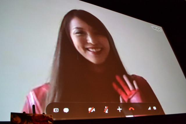 「009ノ1」岩佐真悠子、パリのエトランジェ映画祭から生中継で初日を祝福