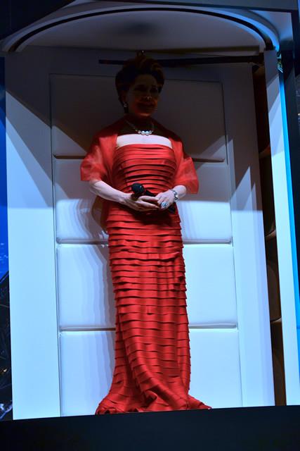 デビ夫人が「エリジウム」細胞再生ポッドで小林星蘭ちゃんに若返り!? - 画像4