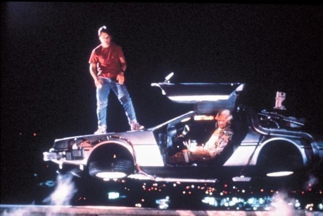 「バック・トゥ・ザ・フューチャー」に登場した幻の車デロリアン人気が再燃