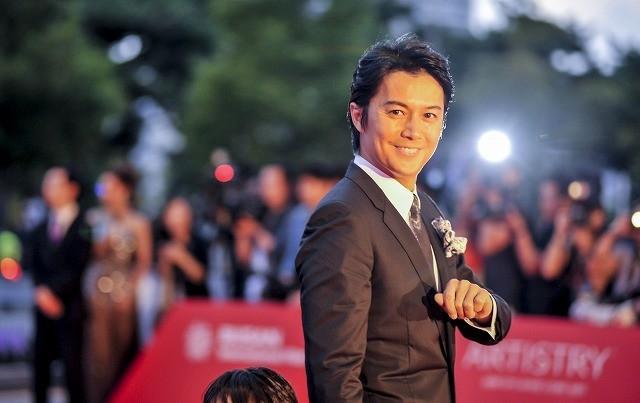 """福山雅治、釜山国際映画祭で""""父親""""ぶりを発揮"""