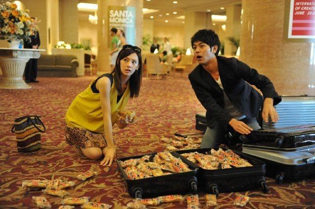 妻夫木聡、パンツに靴下姿で「カマキリ!」 「ジャッジ!」特報公開