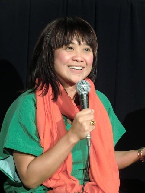 マルコス時代を生きた女性描くフィリピン映画 監督と主演女優が来日