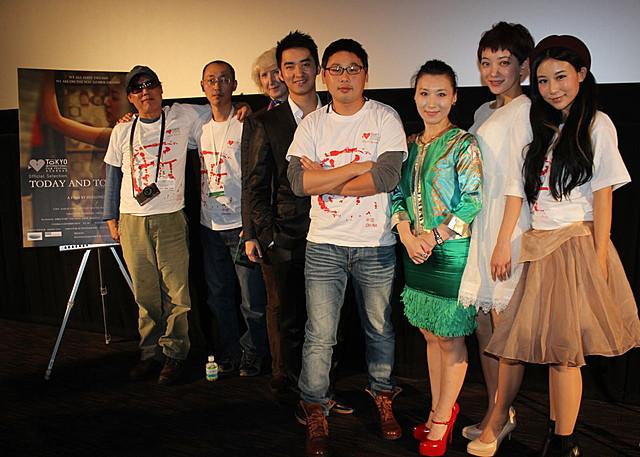 """""""蟻族""""の若者描いた中国映画「今日から明日へ」、32歳新鋭監督が感激の涙"""