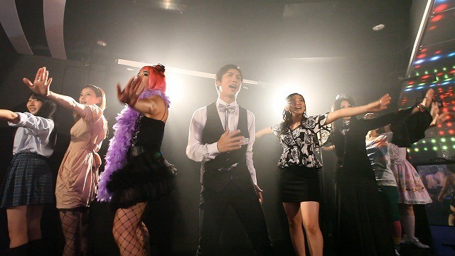 崎本大海×紗綾×つぶやきシローの異色ミュージカルが来年1月公開