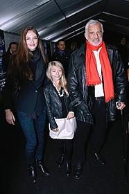 10歳の娘ステラ、25歳の孫のアナベルとサーカス 鑑賞に出かけた仏名優ジャン=ポール・ベルモンド「勝手にしやがれ」