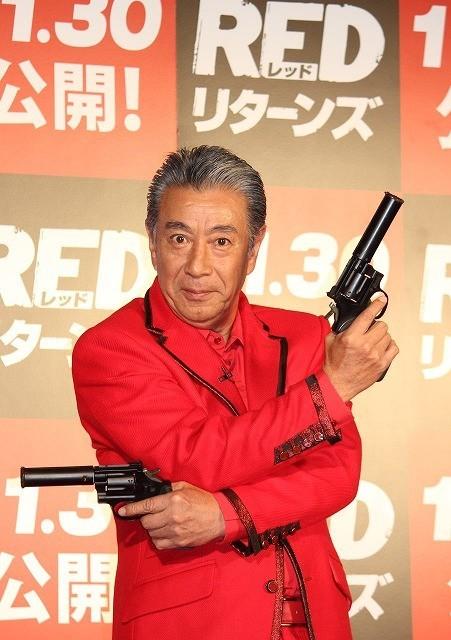 高田純次66歳、テキトー男も老いには勝てず?「REDリターンズ」CM収録