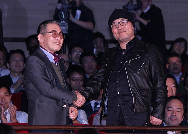 「ルパン三世」「名探偵コナン」原作者がそろい踏み、熱い握手にファン歓喜