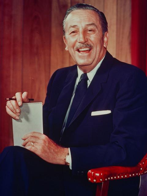 ディズニー、愛煙家だった創始者の伝記映画でも喫煙シーンをカット
