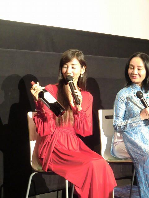 川島なお美、官能シーン演じる「チャイ・コイ」出演「最終関門は主人だった」 - 画像5
