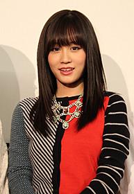 舞台挨拶に立った前田敦子「もらとりあむタマ子」