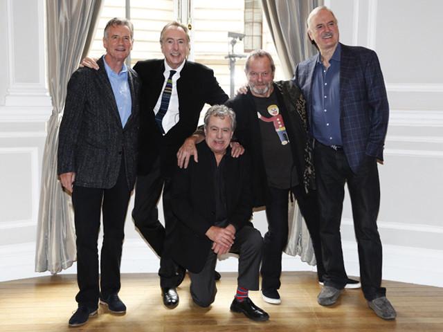 約30年ぶりのライブショーを行う コメディ集団「モンティ・パイソン」