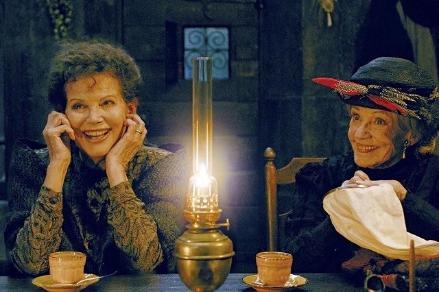 世界最高齢のオリべイラ監督新作予告公開 モロー、カルディナーレら名女優が登場