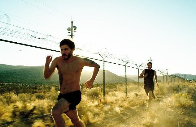 「ローン・サバイバー」出演者、過酷な軍隊式トレーニングで役作り