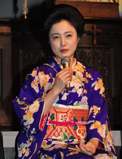 吉高由里子、朝ドラ現場は「むきだしの女子会トーク」で大盛り上がり!? - 画像7