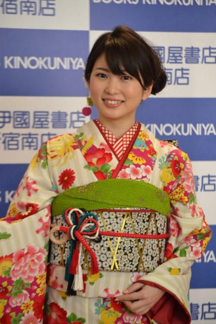 志田未来、20歳の晴れ着姿を披露「年相応の役をやっていきたい」
