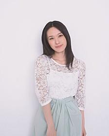 ジジの声を担当する声優の寿美菜子「魔女の宅急便」