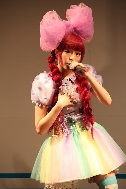 きゃりーぱみゅぱみゅ初の横浜アリーナ公演成功、新曲も初披露