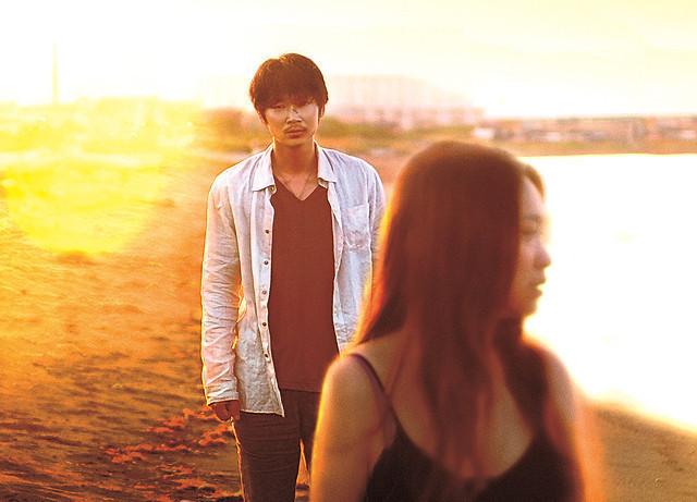 綾野剛&池脇千鶴「そこのみにて光輝く」予告で描かれる愛を求める男女