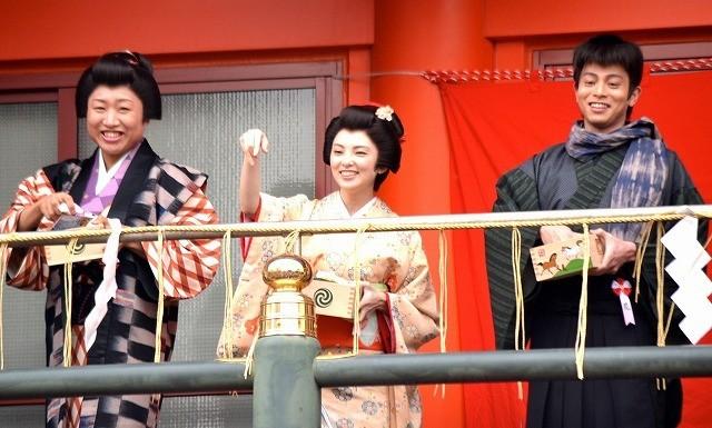 田中麗奈、主演舞台に気合十分「午年なので馬のように突進!」