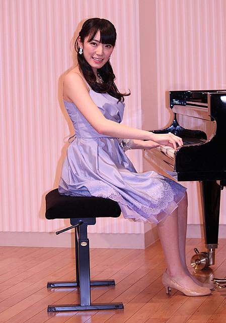 AKB48松井咲子「勇気もらえる」 盲目のピアニスト描く感動作「光にふれる」をPR