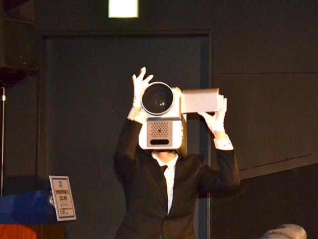 「映画泥棒」カメラ男、商品化第1弾決定!すでに30件の問い合わせ