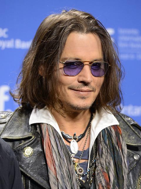 ジョニー・デップがヘアメイクアーティスト主催の映画賞で特別賞受賞