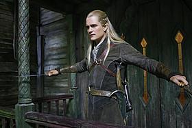 エルフの王子レゴラスのアクションに目を見張る!「ホビット 竜に奪われた王国」