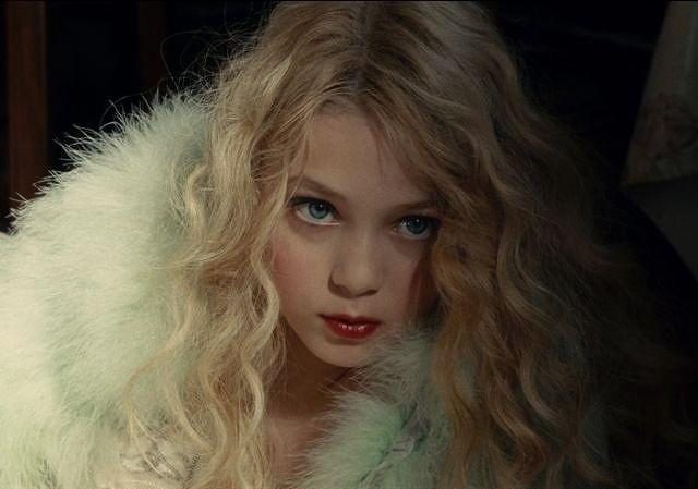 美しい娘が母を狂わせる…I・ユペール主演「ヴィオレッタ」予告入手