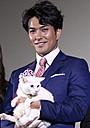 """「猫侍」主演の北村一輝、共演ネコに""""萌え""""まくり! 司会者の声も耳に届かず"""