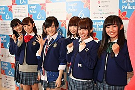 満員のファンから大声援を浴びた NMB48の山本彩、渡辺美優紀ら