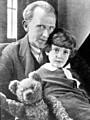 「くまのプーさん」名前の由来となったクマの物語が映画化