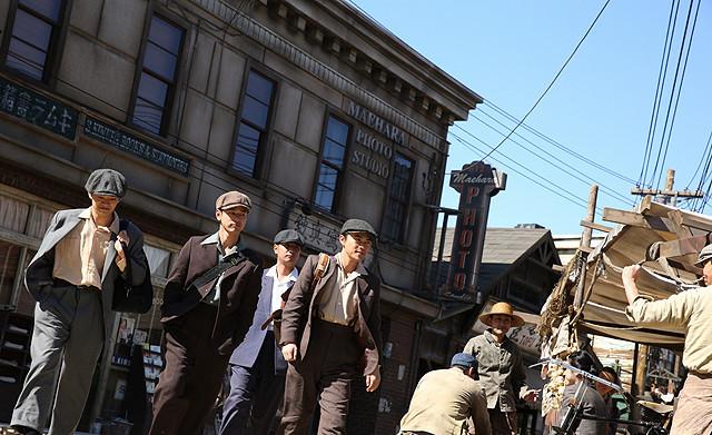 妻夫木聡主演「バンクーバーの朝日」場面写真公開 オープンセットの街並みも公開
