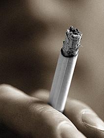 喫煙シーン減少は時代の流れか
