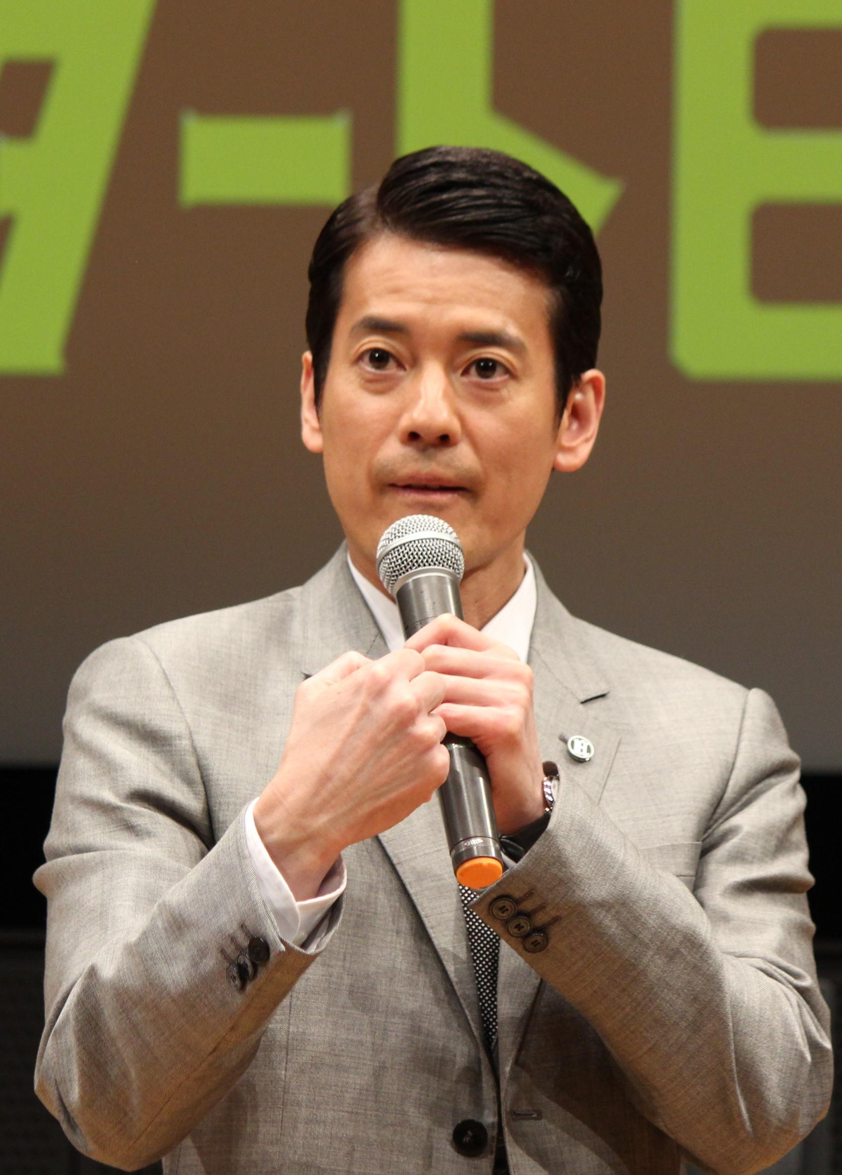 唐沢寿明、半沢超えに自信のガッツポーズ「笑うと倍返しするよ」