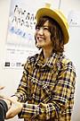 宮澤佐江、「SKE48」として初の握手会参加 AKB時代のファンとも交流