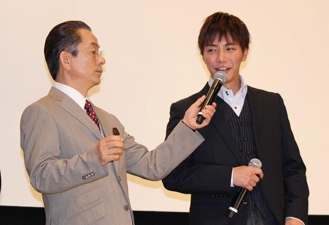 水谷豊がファンに「応援センキュー」 「相棒 劇場版III」71回目の舞台挨拶!