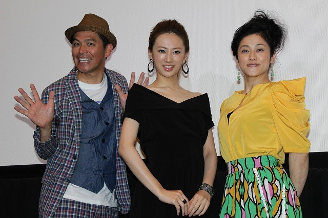 北川景子、岡田圭右&濱田マリの称賛に「もっと言って!」と上機嫌