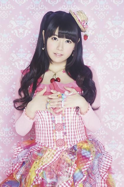 竹達彩奈、シングル特典に牛丼の割引券 誕生日ライブは全員にごちそう