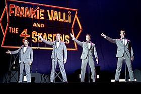 巨匠イーストウッドが大ヒット・ブロードウェイミュージカルを銀幕に!「ジャージー・ボーイズ」