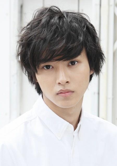 山崎賢人、初舞台「里見八犬伝」で座長に挑む!