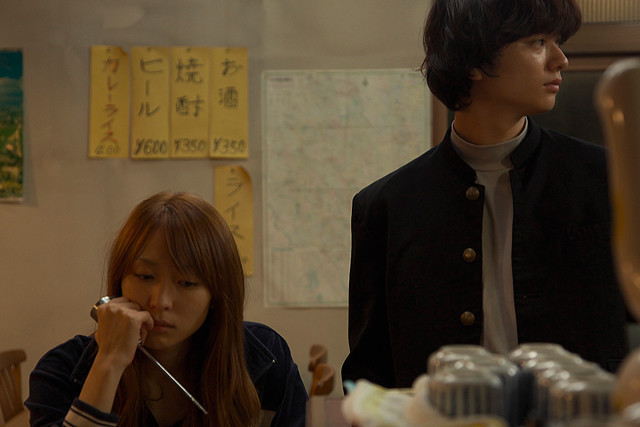 ヤンキー姉弟演じる染谷将太&黒川芽以のやさぐれた姿映す「ドライブイン蒲生」予告