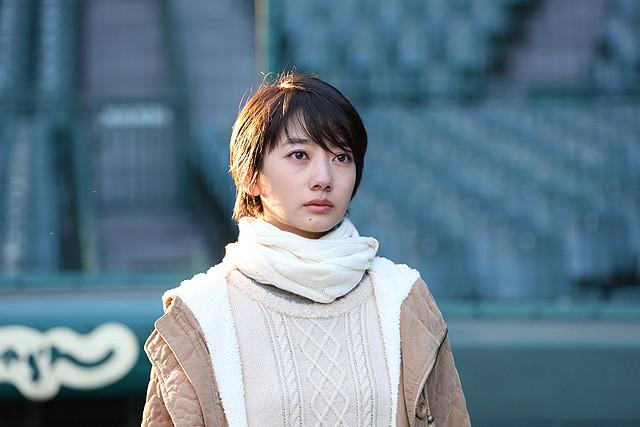 中井貴一主演「アゲイン」は1月17日公開 ヒロイン・波瑠にフォーカスした特別映像も